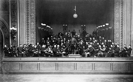 Esta es la foto más antigua que se conserva de la Berliner Phillarmoniker (1888)